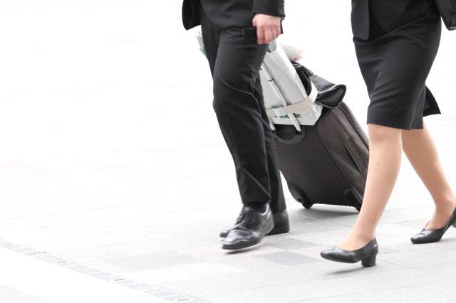 出張時の移動時間は、「原則」は労働時間にカウントされません。