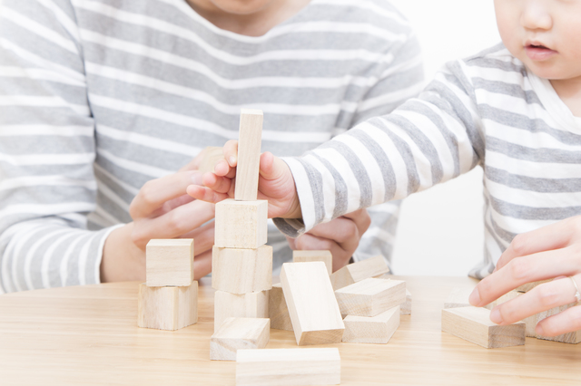 2017年10月から、育児休業を子が2歳になるまで再延長できるように! - 社会保険労務士法人アールワン | 東京都千代田区