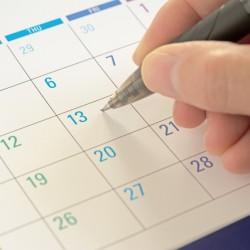 「3年まで」と定められた派遣期間制限ルールの内容と、その延長方法を説明します。