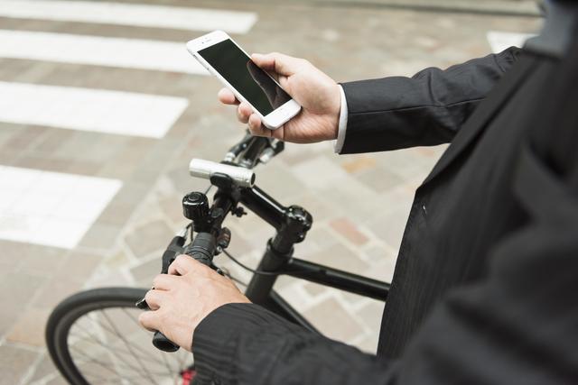 自転車通勤を認める際の対策は十分でしょうか? - 社会保険労務士法人アールワン | 東京都千代田区